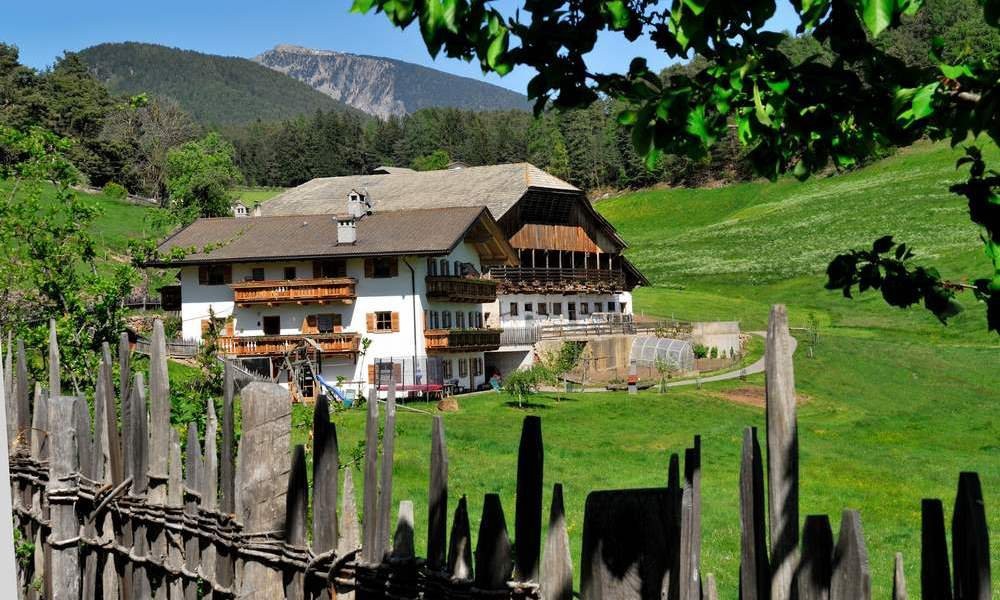 Farm holidays in the Dolomites Castelrotto – Farm Fegerhof in Castelrotto