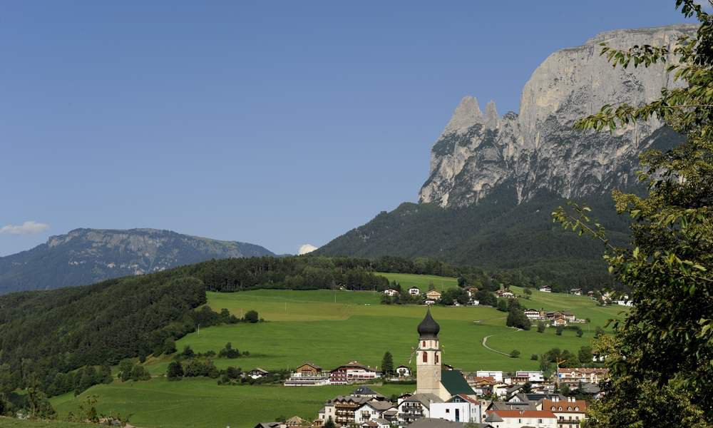 Holidays in Castelrotto - In the heart of the natural alpine world of the Dolomites