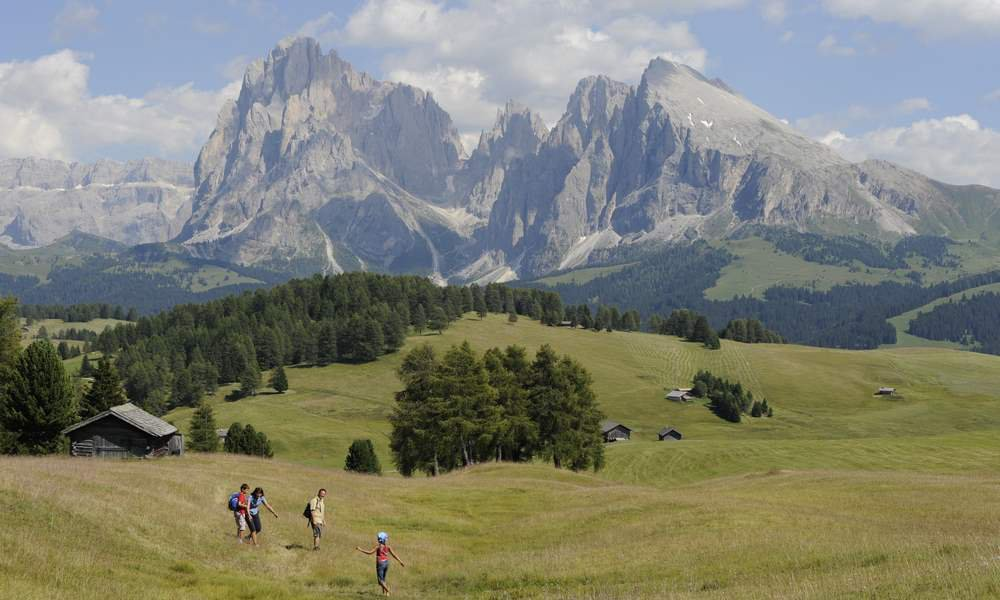 Holidays in Castelrotto means living in the heart of a fabulous alpine landscape